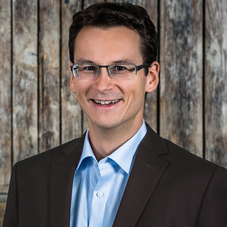 Profilbild von Simon Weiß - Geschäftsführer der Idea Distillers.